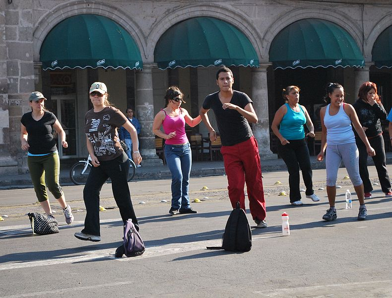 Aerobics in the street - exercise that I can live with