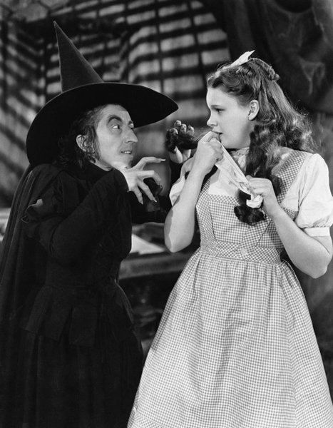 The Wizard  of Oz - Margaret Hamilton and Judy Garland - 1939