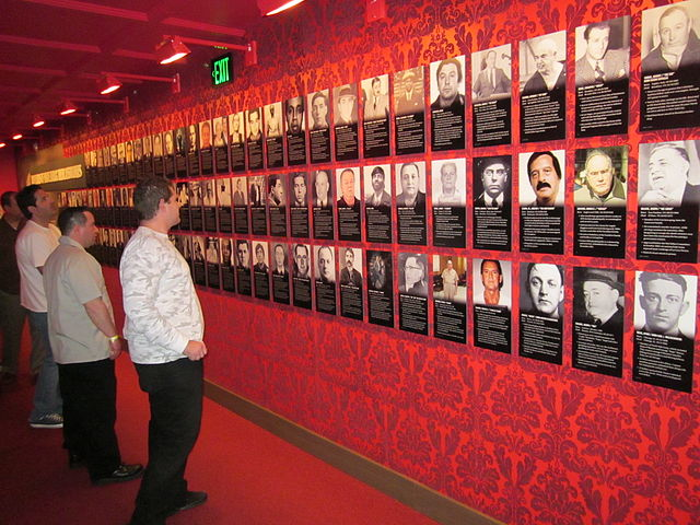 Mob Museum - Las Vegas - Wall of Mobsters
