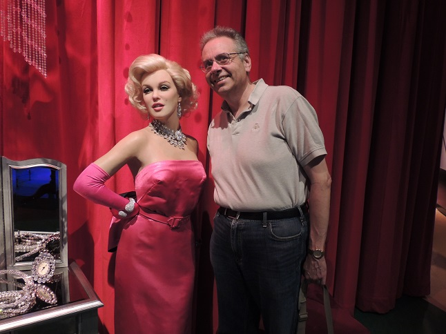 Vegas - Madame  Tussauds - June 2014  (15) - Marilyn Monroe and Dave Berman