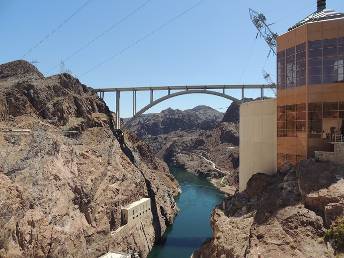 Hoover Dam, Ragtown and Dingbat Houses (4/5)