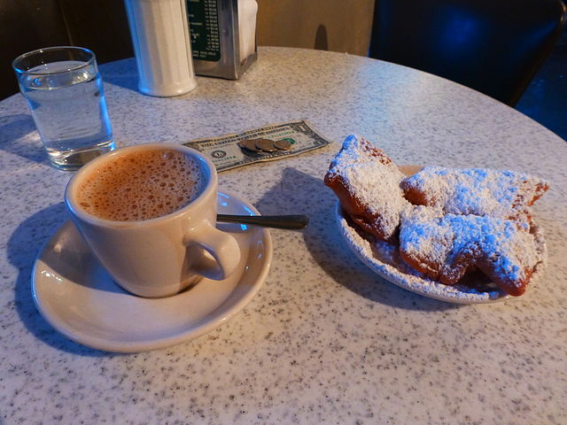 Cafe du Monde - Cafe au Lait and Beignets, New Orleans