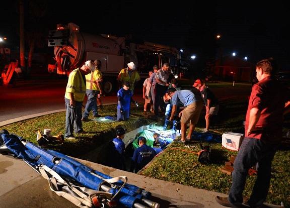 manatee - rescue effort - Malcolm Dennemark - 2-23-15
