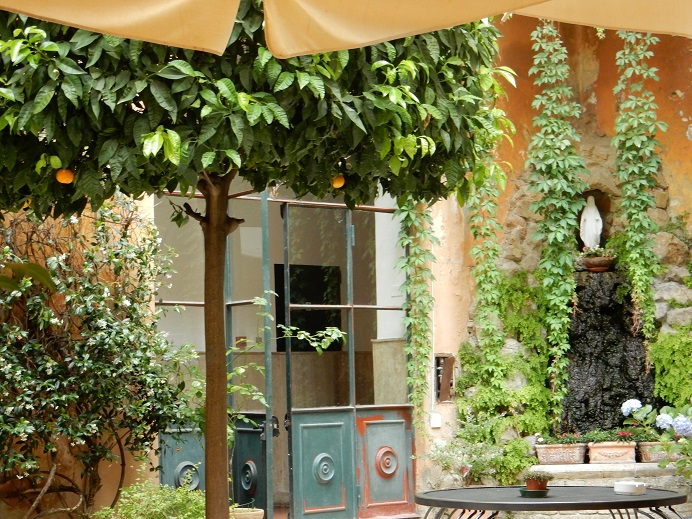 Rome - family vacation - June 2015 (161) - Casa di Santa Francesca Romana - our hotel's patio