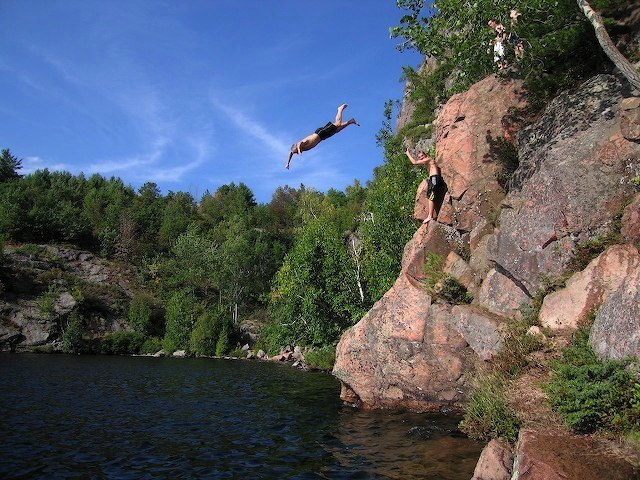 Cliff Diving - North Bay - 2007